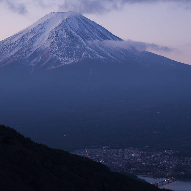 富士を眺める峠から